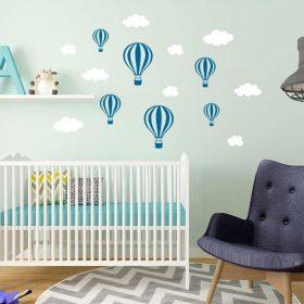 baloes e nuvens em vinil decorativo de parede